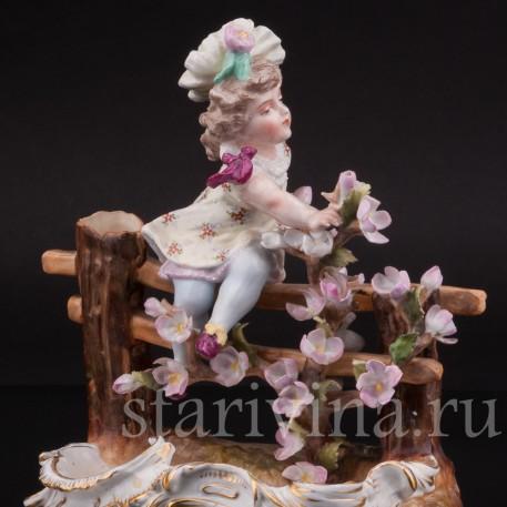Фарфоровая статуэтка Девочка в цветах, Sitzendorf, Германия, 19 в.