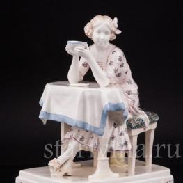 Фигурка из фаянса Утренний чай, Goldscheider, Австрия, 1900 гг.
