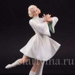 Фарфоровая статуэтка девушки Задорный танец, Schaubach Kunst, Германия, 1926-53 гг.